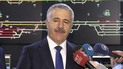 Bakan Arslan, Ankara YHT Garı'nı ziyaret etti (3) - ANKARA