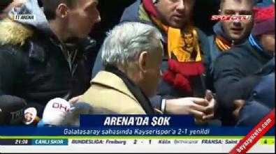 Canlı yayında G.Saray yöneticisi Cengiz Özyalcin'a protesto