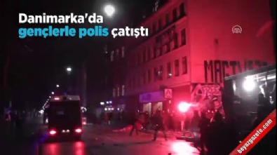 Kopenhag'da gençler polisle çatıştı