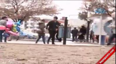 Şiddete urayan kadını onlarca insan görmezlikten geldi
