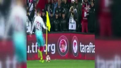 Türkiye - Moldova maçında Emre Mor'dan muhteşem çalımı