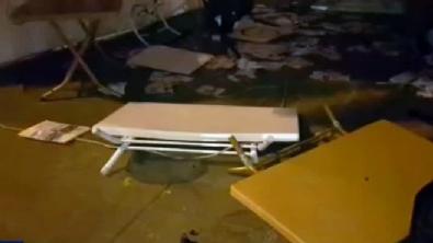 Beşiktaş'ta 'Evet' çadırına saldırı