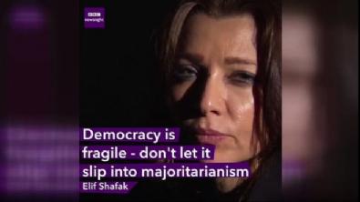 Elif Şafak, Avrupa'ya Türkiye'yi şikayet etti