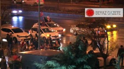 Genel merkez önünde AK Parti konvoyuna saldırı!
