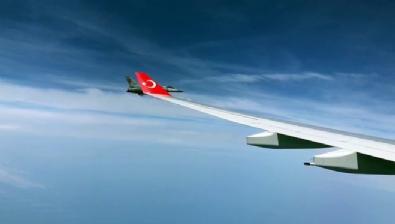 Cumhurbaşkanı Erdoğan'ın uçağına F-16'lar eşlik etti
