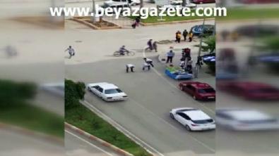 Adana'da Kırmızı ışıkta uzun eşek oyunu
