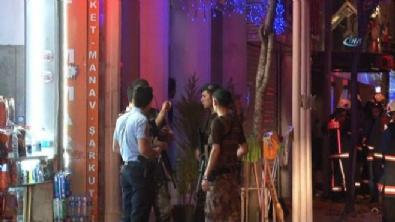 Kumkapı'da otelde yangın: 2 ölü