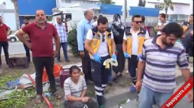 mersin - Tarım işçilerini taşıyan kamyonet kaza yaptı: 3 ölü, 5 yaralı