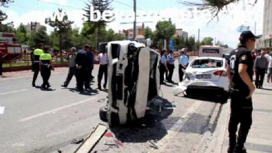 Freni patlayan halk otobüsü 5 otomobili biçti: 1'i ağır, 4 yaralı