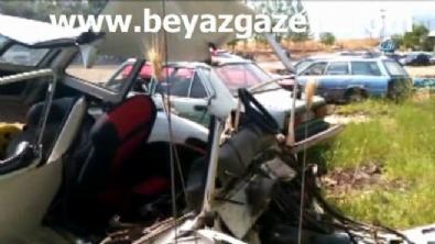 Kontrolden çıkan araç refüje çarptı: 2'si çocuk, 4 ölü