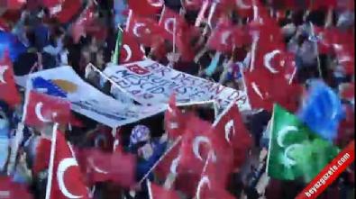 Vatandaşlar Meclis önünde toplandı