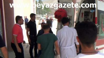 Hakkari Yüksekova'da patlama: 4'ü ağır, 17 asker yaralı