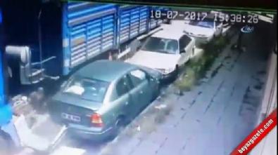 18 aracın karıştığı kaza kamerada