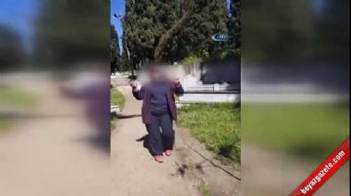 Mezarlıkta göbek atan kadın işten atıldı
