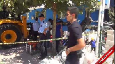 Kolejin bodrum katının tavanı çöktü: 1 işçi göçük altında