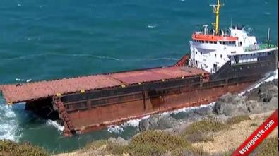 Sarıyer'de yük gemisi ortadan ikiye ayrıldı
