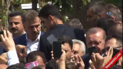 Vatandaşlar Cumhurbaşkanı Erdoğan ile selfie çekilmek için yarıştı