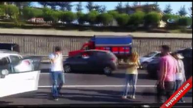 TEM'de trafiği kitleyen kaza