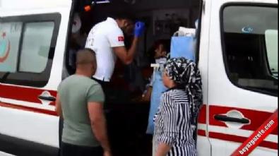 Hasta sevki yapan ambulans devrildi