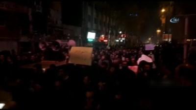 - İranlılar hükümet karşıtı protestoları kınadı