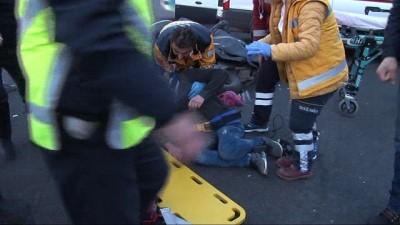Kutlamalar sonrası trafiğe açılan Kızılay'da kaza
