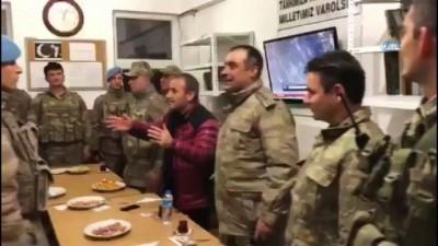 guvenlik gucleri -  Vali Sonel'den yeni evlenen askere yeni yıl sürprizi