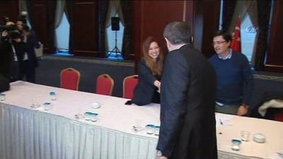 AK Parti Sözcüsü Ünal gazeteciler ile bir araya geldi