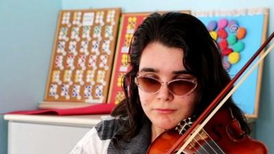 'Müzik benim gözlerim oldu' - ANTALYA