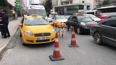 Taksi şoförü aracında ölü bulundu - İSTANBUL