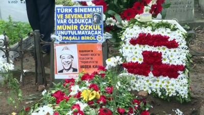 Sanatçı Münir Özkul anıldı - İSTANBUL