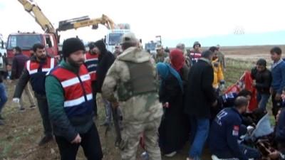Silopi'de otobüs devrildi: 9 ölü, 28 yaralı (2) - ŞIRNAK