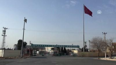 Tel Abyad'a terör örgütünün bez parçaları asıldı - ŞANLIURFA