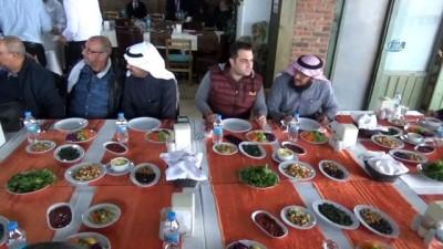Afrikalı ve Arap iş adamları Balıkesir'de incelemelerde bulundu