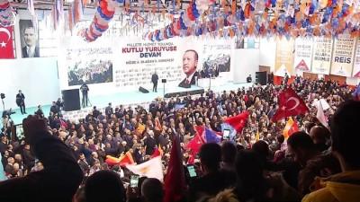 Başbakan Yıldırım, partisinin Niğde 6. il kongresine katıldı