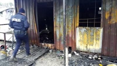Kağıt toplayıcılarının barındığı konteynerde yangın: 3 ölü (2) - İSTANBUL