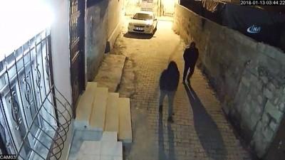 maskeli hirsizlar -  Önce komşuya, sonra polise yakalandılar...Hırsızlar kamerada