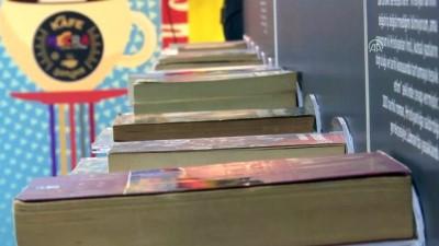 'Yasaklanmış Özgür Kitaplar Sergisi' açıldı - İSTANBUL