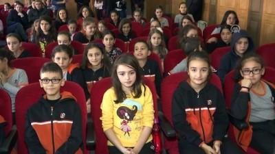'Bu Kapta Hayat Var' - İSTANBUL