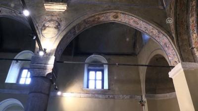 Çeşmeli Kilise'nin fresklerine turist ilgisi - KARAMAN