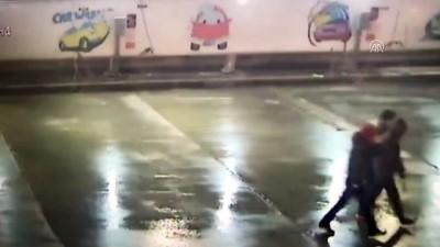 Akaryakıt istasyonundaki soygun güvenlik kamerasında - MERSİN