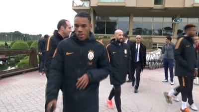 hazirlik maci - Hasan Şaş'tan 'Sneijder bitti' göndermesi