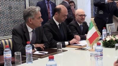 İtalya Dışişleri Bakanı Alfano Tunus'ta