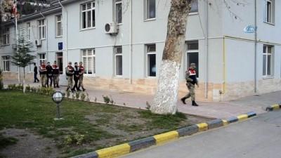 Jandarmadan sigara kaçakçılarına şok baskın: 2 gözaltı