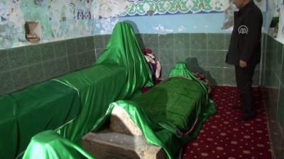 Abdulvahap Gazi türbesi restore edilmeyi bekliyor - MUŞ