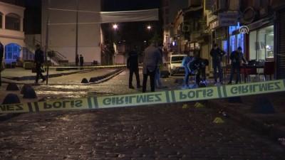 Beyoğlu'nda silahlı saldırı: 3 yaralı - İSTANBUL