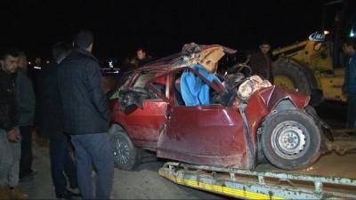 Cenaze dönüşü kazada 4 kişilik aile yok oldu