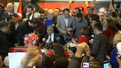 CHP İstanbul İl Başkanı seçilen Kaftancıoğlu, Cemal Canpolat 'tan görevi teslim aldı