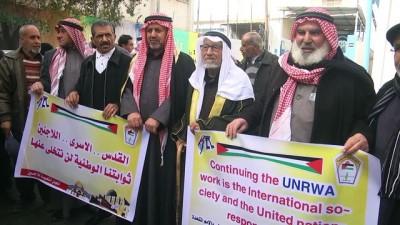 Gazzeliler 'ABD'nin yardımları askıya almasını' protesto etti - GAZZE