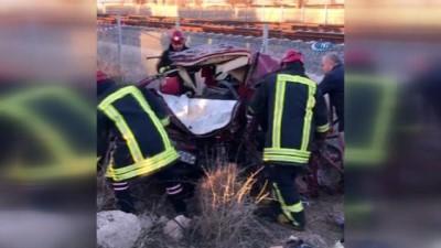 Konya'da otomobil ile pancar yüklü tır çarpıştı: 2'si çocuk 4 ölü