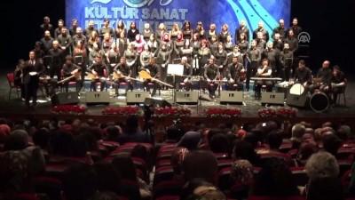 Sahnede flüt çalan genç kıza sürpriz evlenme teklifi - BİLECİK
